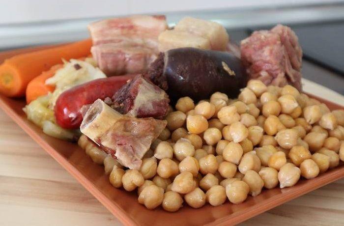 Receta de cocido madrileño tradicional